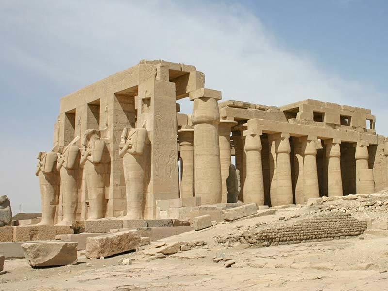 Фото развален древнего египетского храма