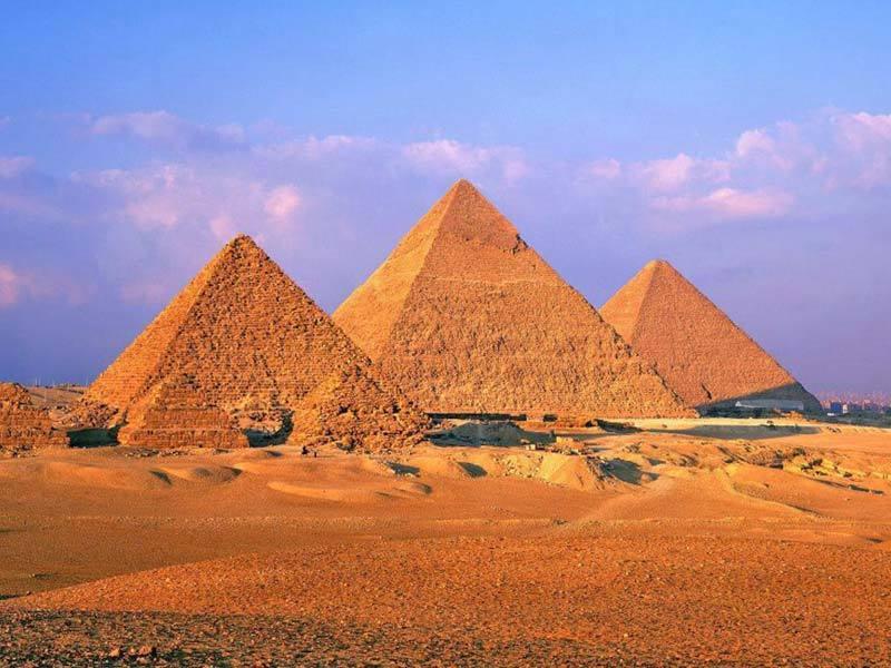 Фото гигантских египетских пирамид